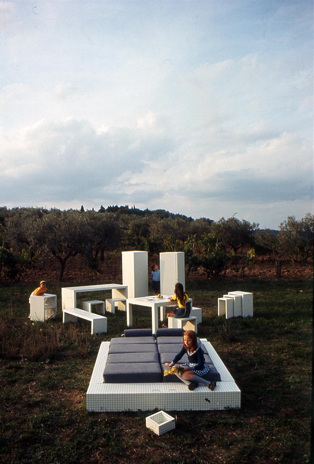 Prototipi per mobili, serie Misura, 1970. Panzano nel Chianti (foto C. Toraldo di Francia)