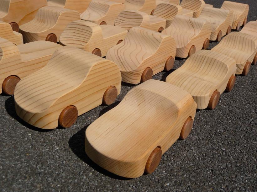 matteoragni-macchinina-di-legno