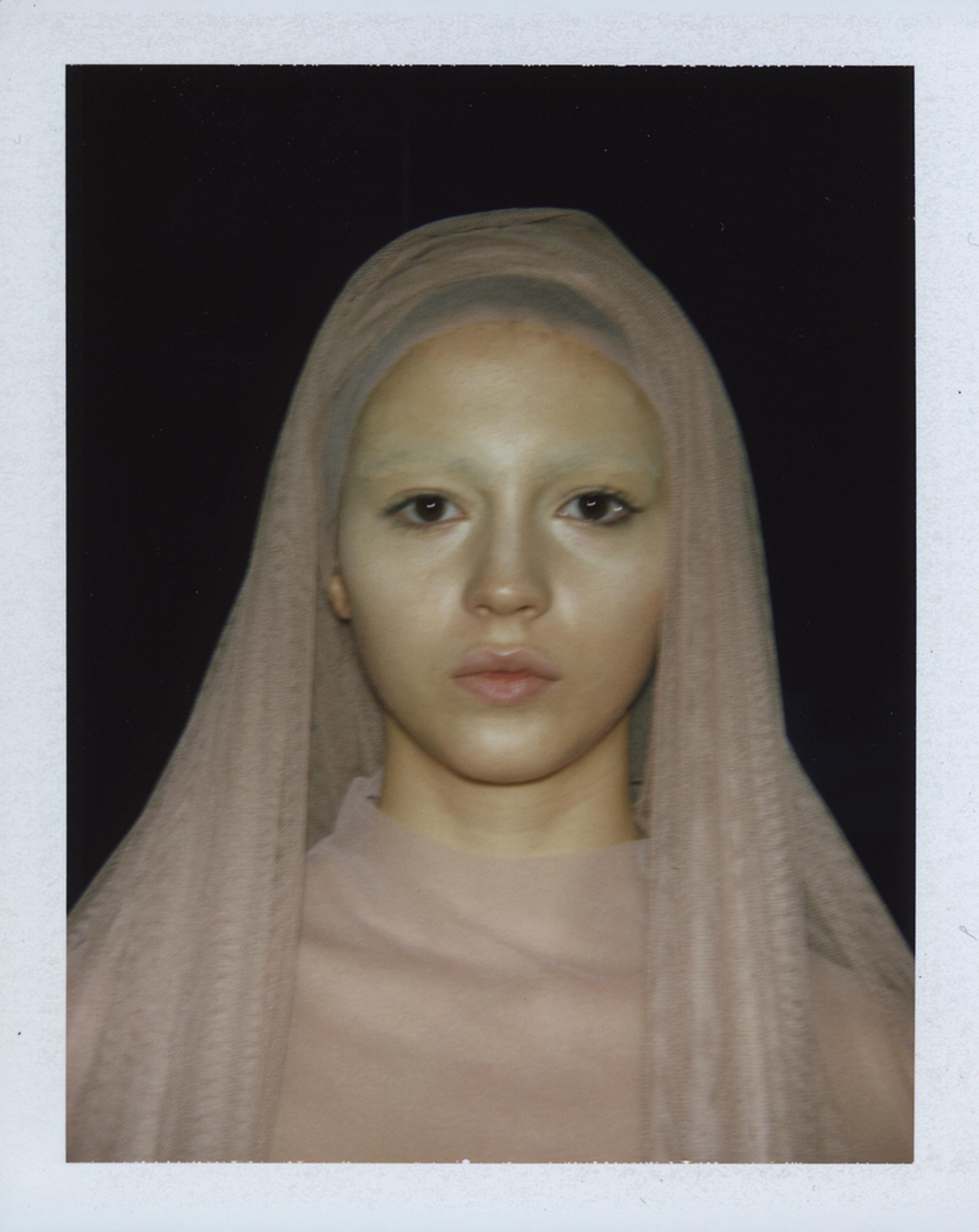 Vanessa Beecroft, vb.74.pol.vb.203, MAXXI Rome, 2014, © 2016 Vanessa Beecroft